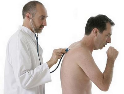 Аускультация взрослого больного астмой